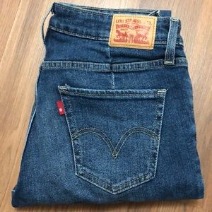 Levis jeans size 27, perfect condition